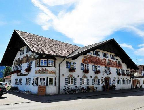 Muelle para puertas Adjunct encastrado E22 protege la seguridad en el Hotel Weinbauer