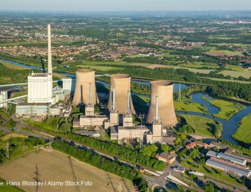 Presión negativa en una central eléctrica hace de las puertas un riesgo impredecible